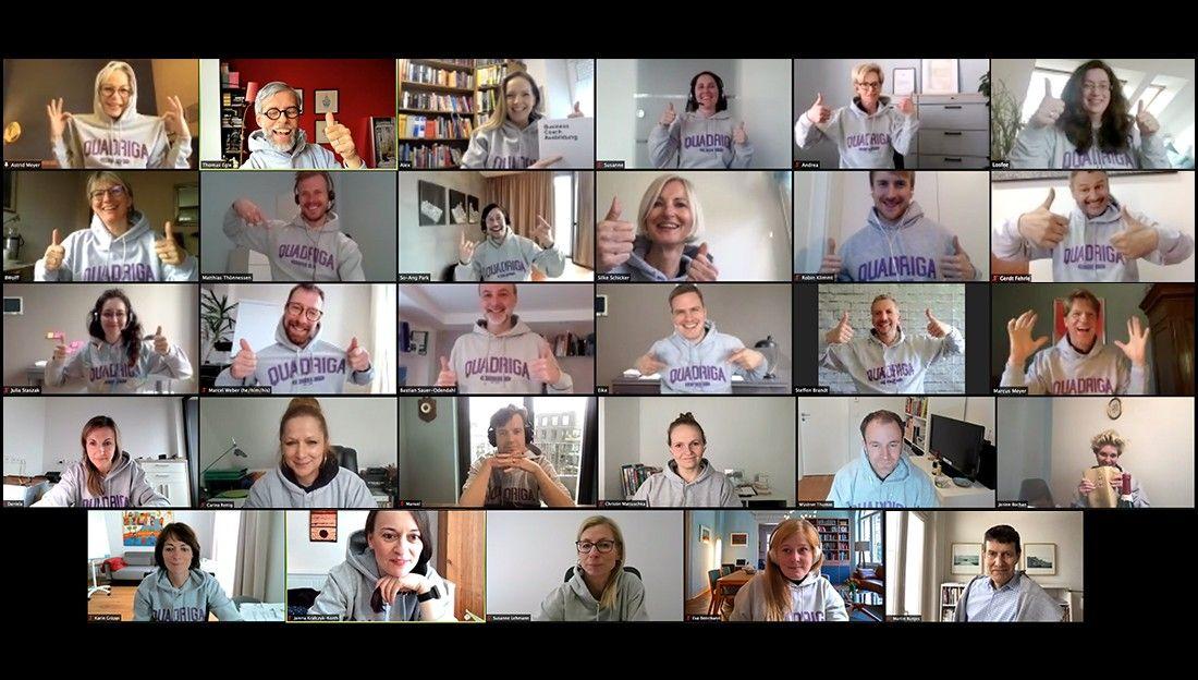 Die Collage zeigt einen Zusammenschnitt aus den abschließenden Video-Calls der beiden Ausbildungskurse zum systemischen Business Coach.