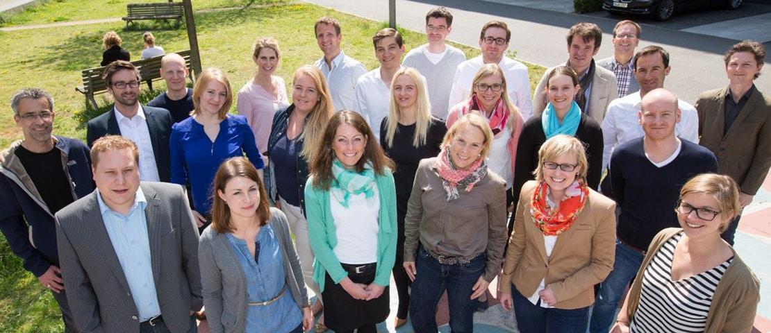 Das Bild zeigt die neuen Studierenden im MBA Communication & Leadership des Jahrgangs 2014. (Foto: Quadriga)