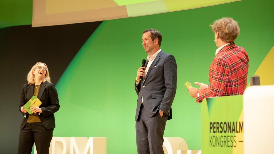 Katharina Herrmann (links) bei der Verleihung der BPM-Awards (Foto: Legler)